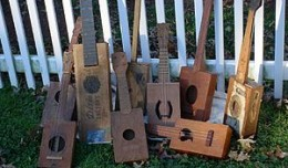 300px-Cigar_box_guitar_collection
