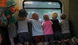 kids on trian