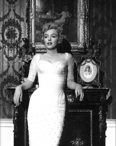 475px-Marilyn_Monroe,_The_Prince_and_the_Showgirl,_1